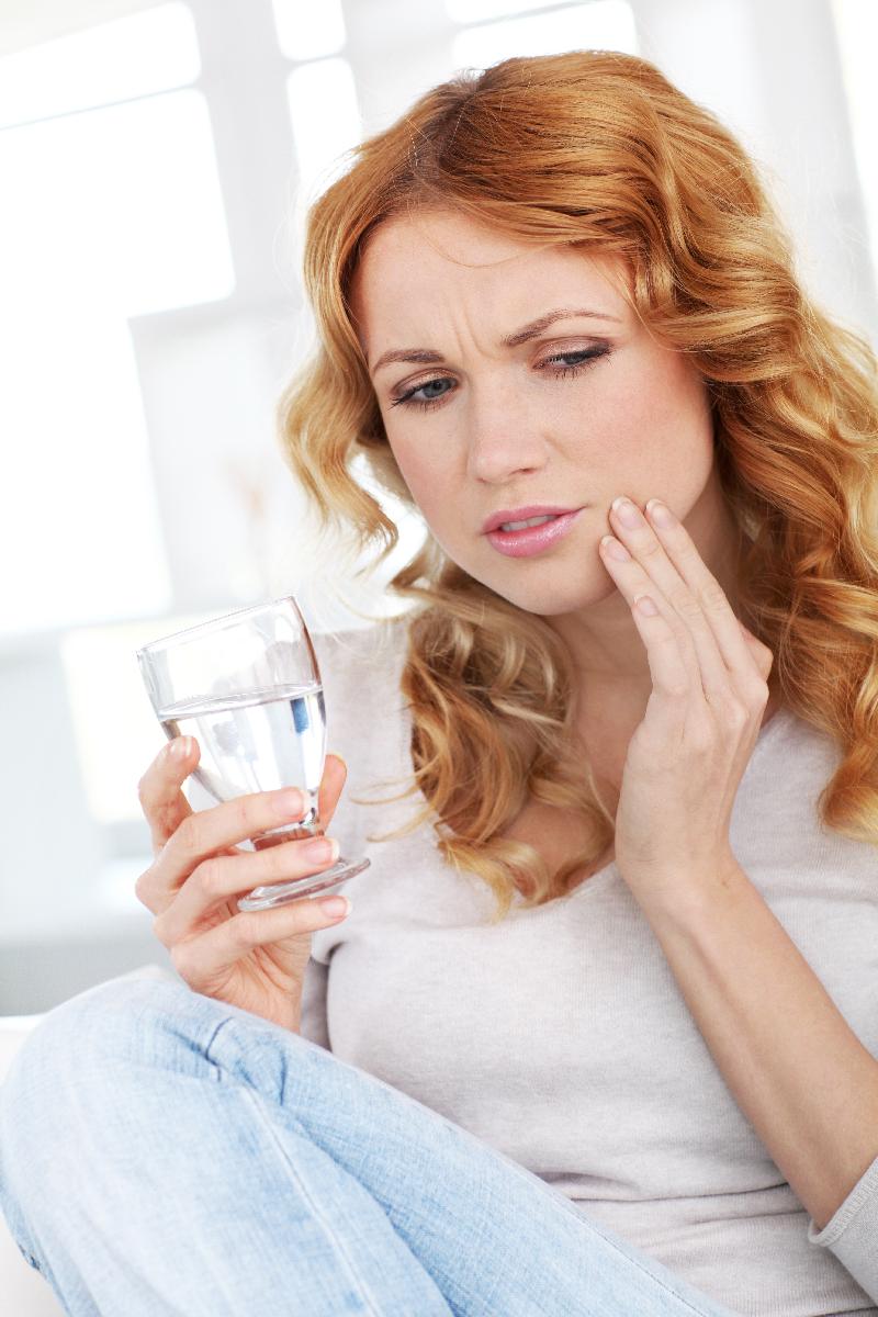 Gáspár Dental ínysorvadás íny- és fognyaki érzékenység