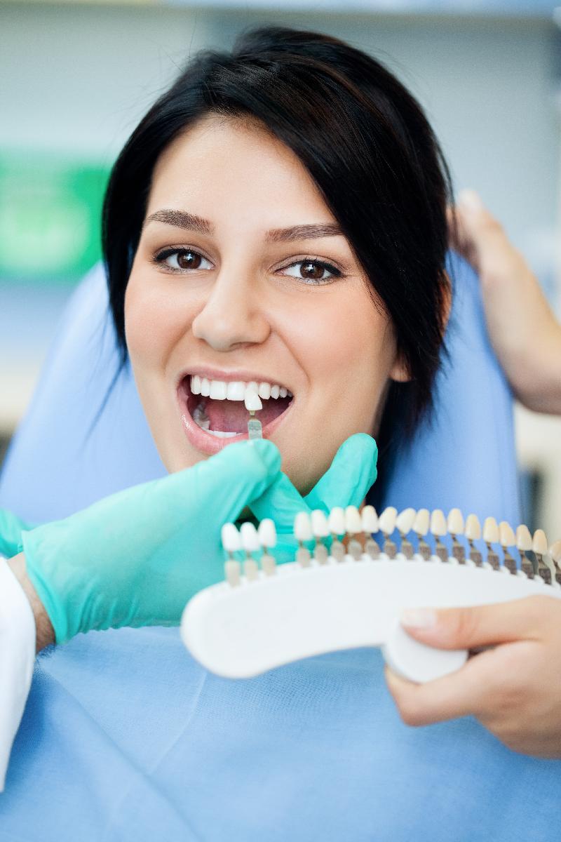 Gáspár Dental fémvázas és fémmentes fogpótlás implantátum beültetés