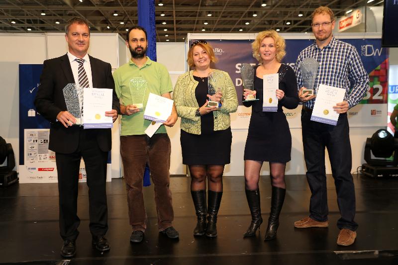 Hungarian Dental Award Az év szakasszisztense díj 2015 Tarnai Bernadett Gáspár Dental
