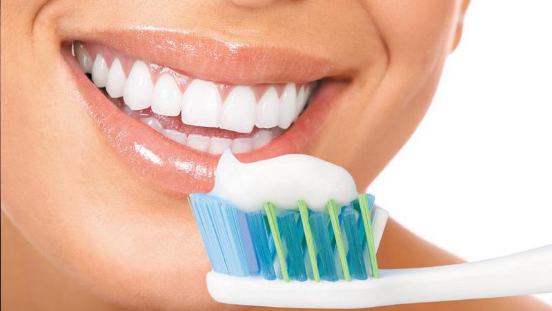 Gáspár Dental szájhigiéniai kezelések fogérzékenység csökkentése fogfehérítés